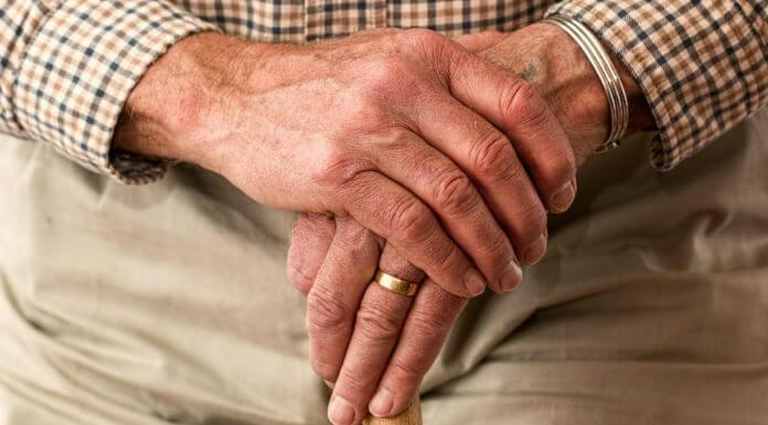 年滿65歲補助