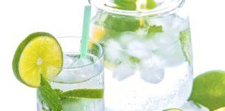 網路訊息說大熱天喝冰水微血管會爆掉,聽聽醫師怎麼說(圖片來源:https://pixabay.com)