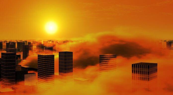 北部親友趕緊關窗 ,霾害在半夜我們睡夢中就會南下?這則訊息錯誤一堆請勿再轉發。(圖片來源/https://pixabay.com)