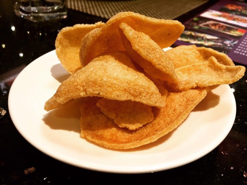 暹廚泰式料理餐廳的蝦餅點心。(圖/吐司客拍攝)