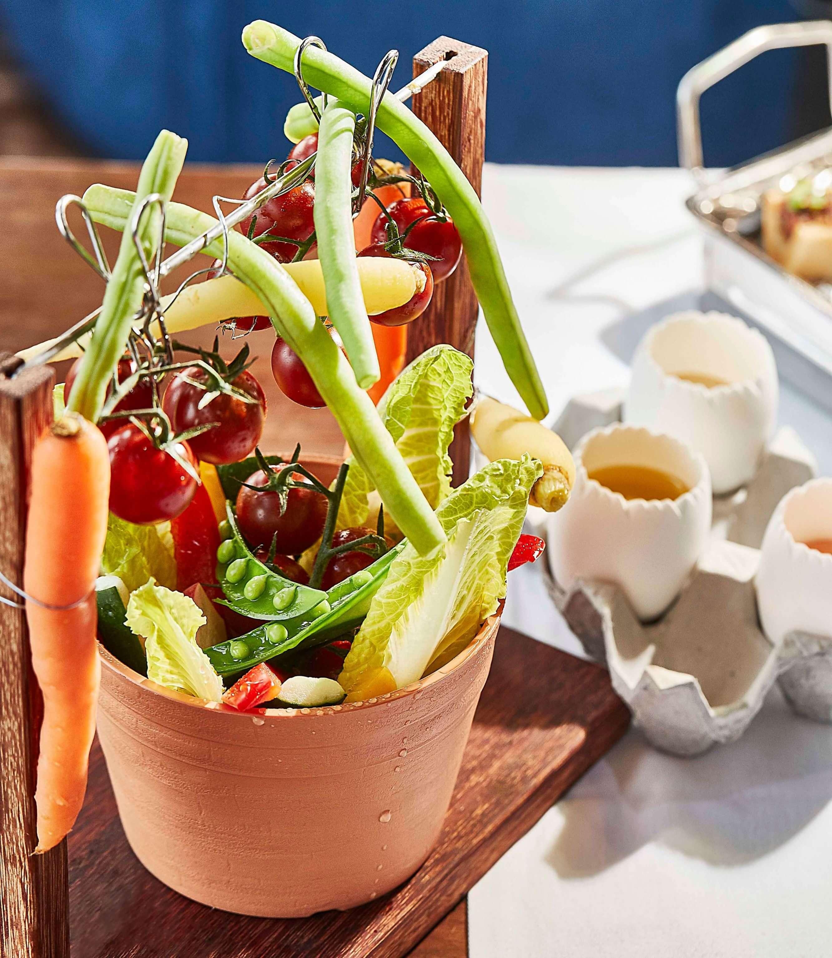 台北萬豪酒店INGES早午餐_花園沙拉。(圖/台北萬豪酒店提供)