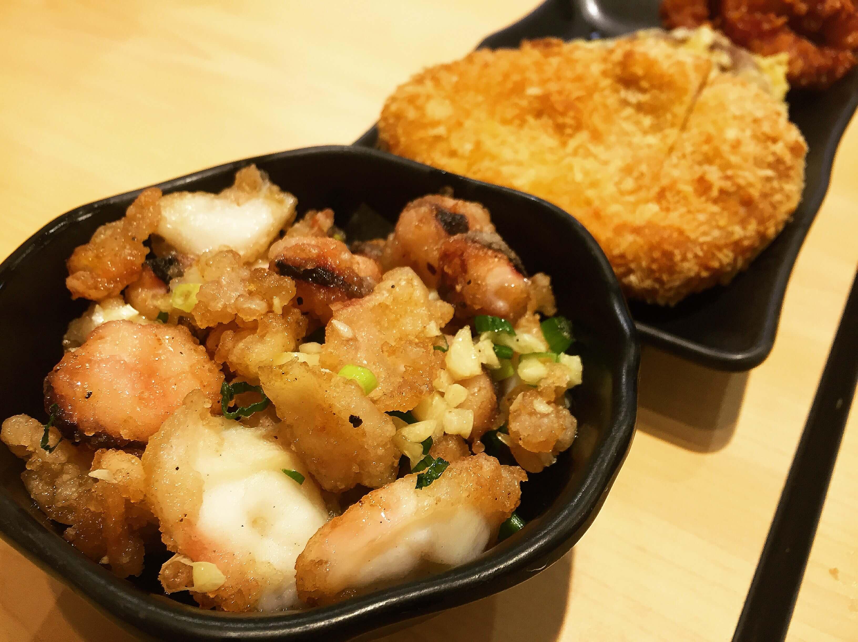 米澤製麵古亭店的炸魷魚。(圖/吐司客拍攝)
