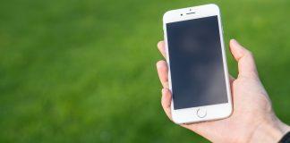 手機顯示來電是自己的手機號碼 ,不要接聽,是最新詐騙手段?不,這只是一則老謠言而已(圖片來源:https://pixabay.com)
