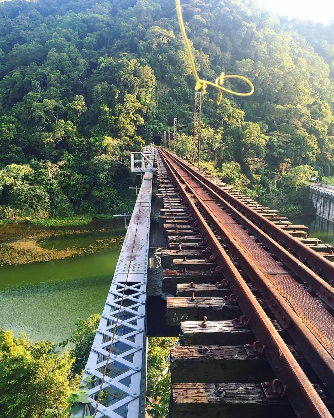 內社川鐵橋。(圖/吐司客拍攝)