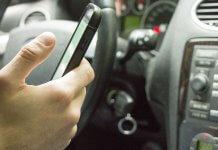 10月1號開始 ,汽機車駕駛拿出手機、抽菸就會開罰單?錯!駕駛人必看!(圖片來源:https://pixabay.com)